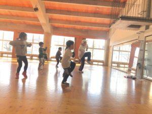 MIZUHO先生 ダンス 幼稚園